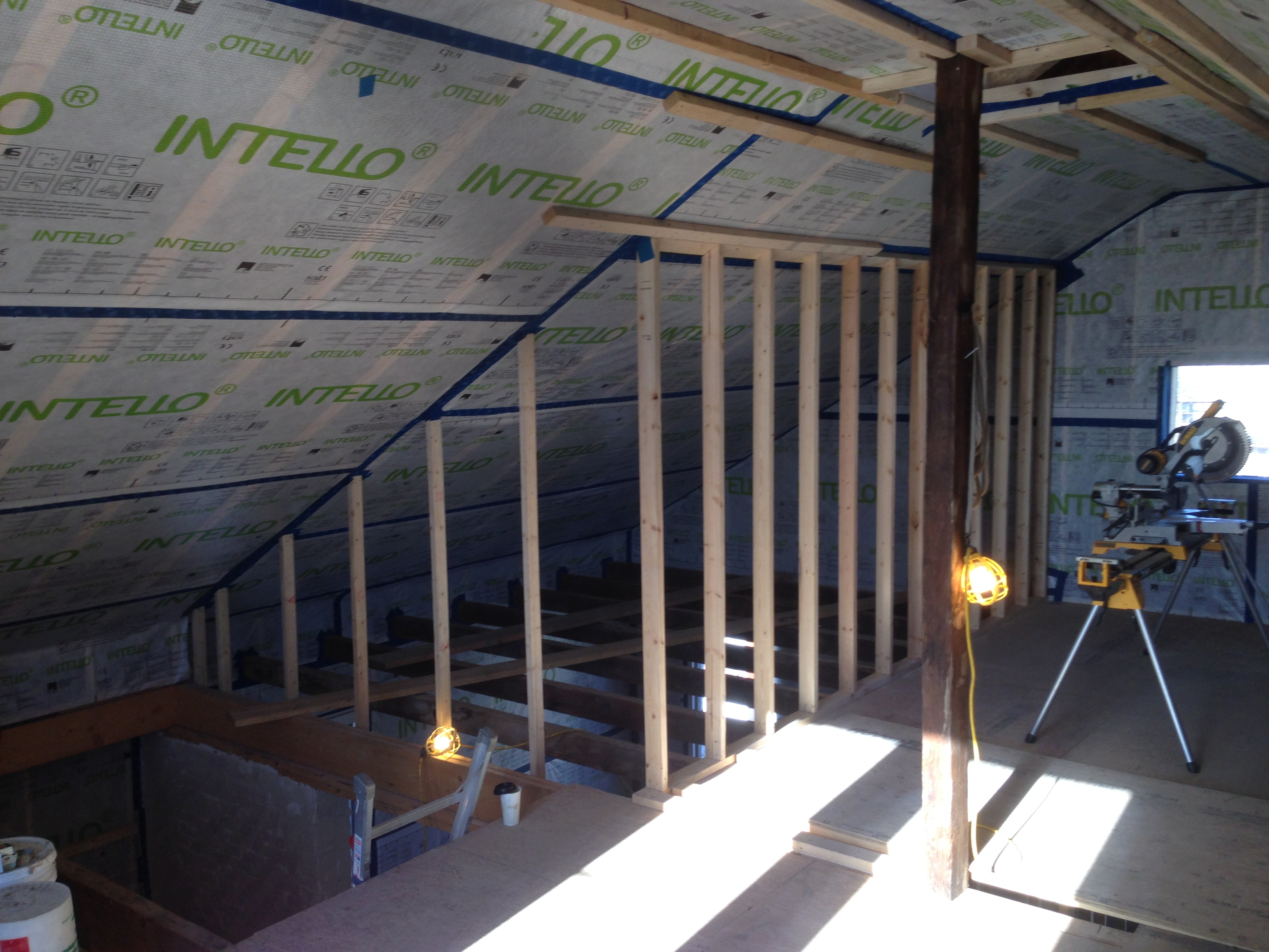 INTELLO under roof raters as airtight vapor control layer